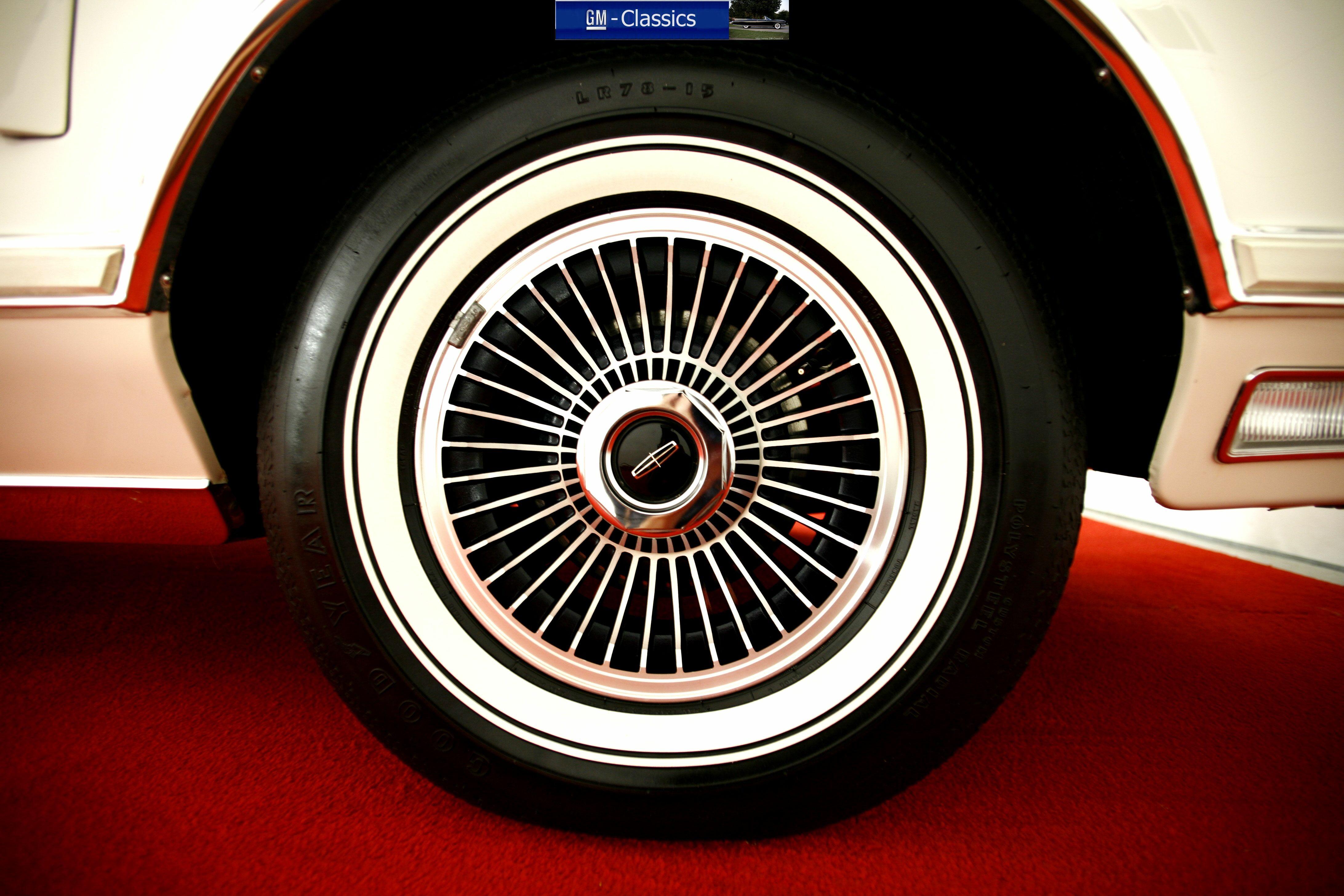Lincoln Mark V Collector Series Matt Garrett - Classic car wheels