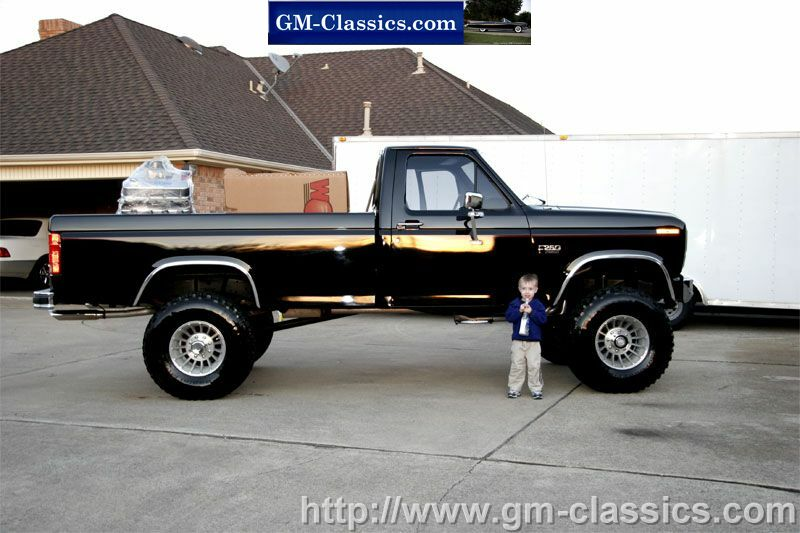 Click Here for Ford F250 460 4x4 - As New - 5400 Original Miles!