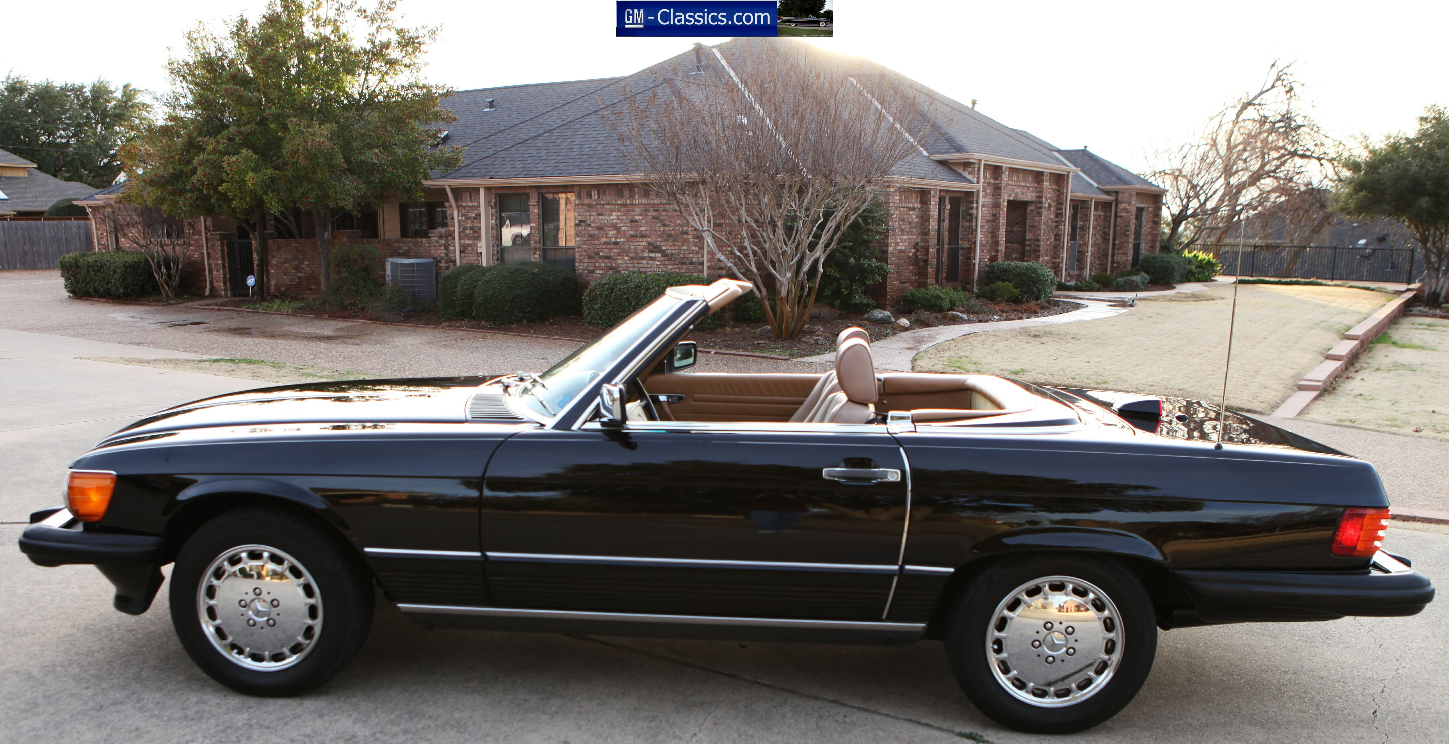 1987 Mercedes Benz SL Class Convertible