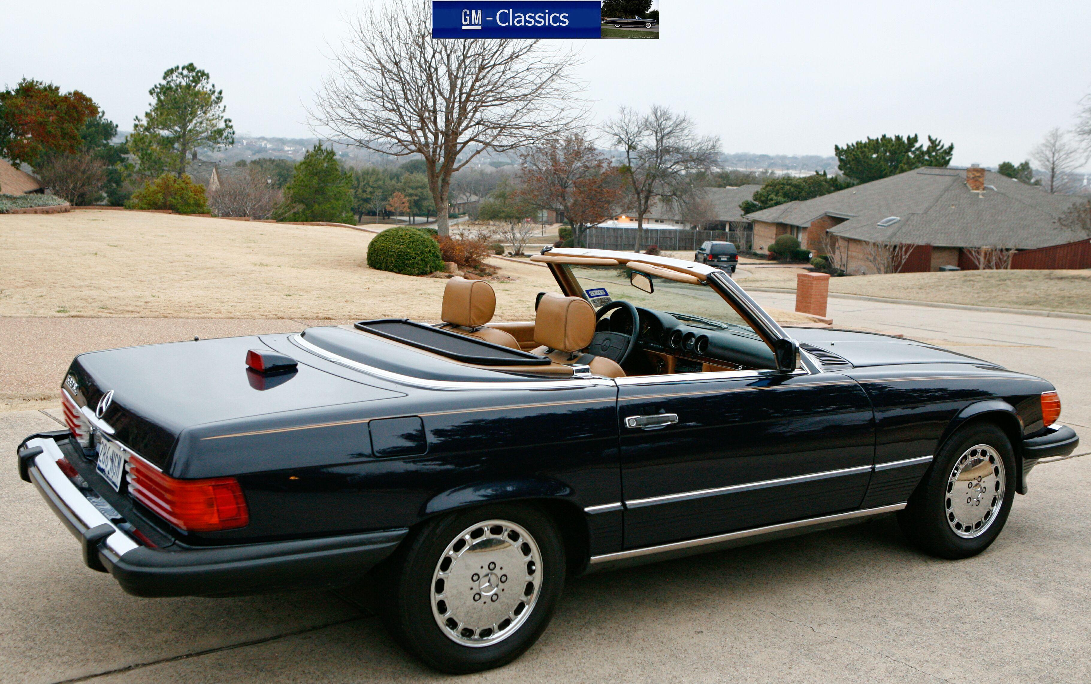 Image gallery mercedes 560sl for Mercedes benz 560sl