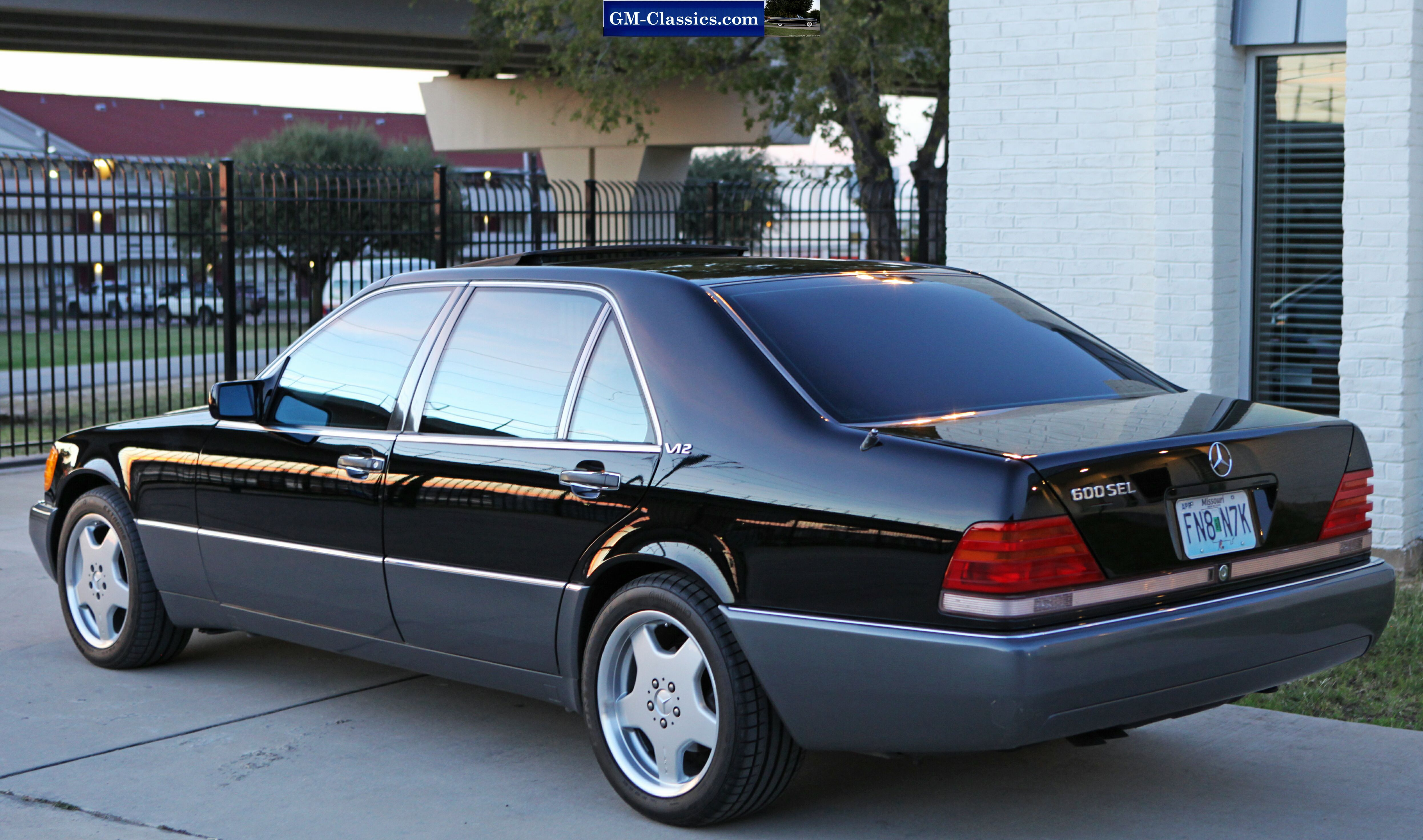 http://www.mcsmk8.com/92-600SEL/HR/CARS-10.JPG